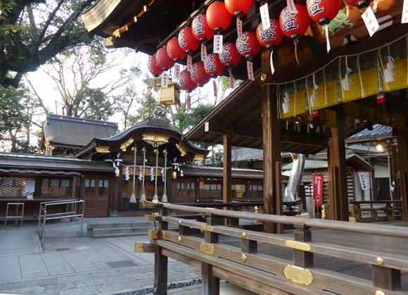 令和元年 亥年を送る 「護王神社」_e0048413_21485935.jpg