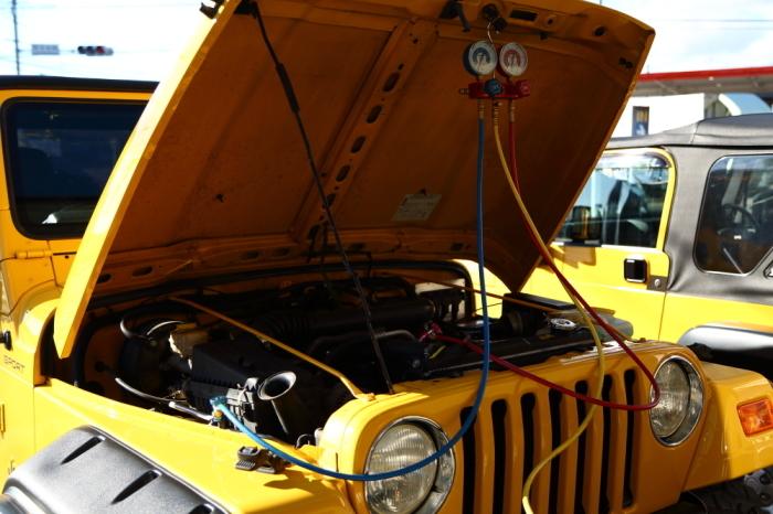 ヒーターコア修理のTJ作業完了_f0105425_19341558.jpg