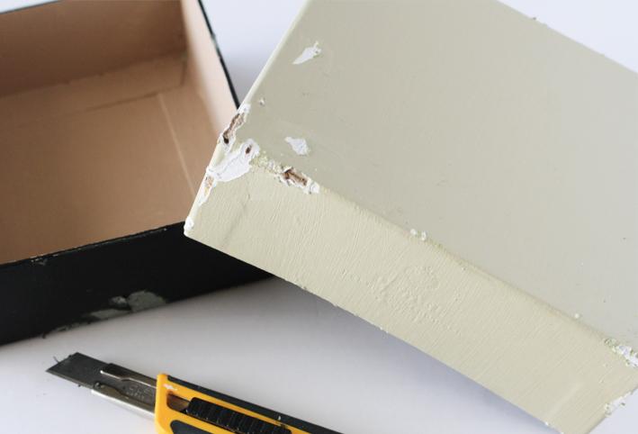 「空き箱」をアンティーク風リメイク_d0351435_08325923.jpg