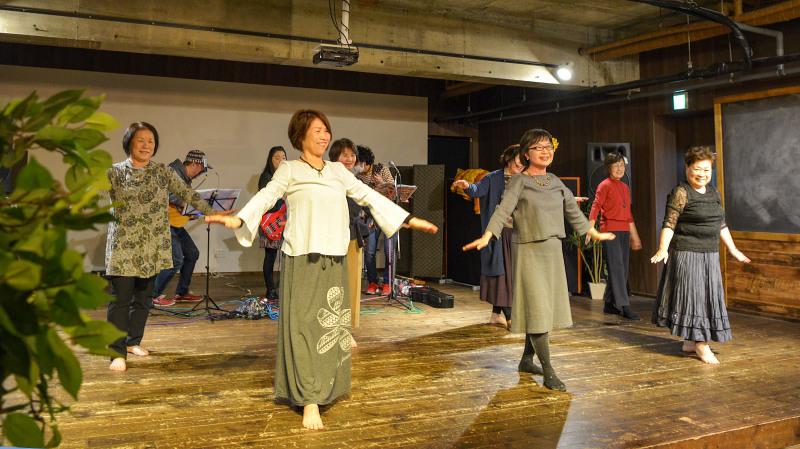 たっきーフラスタジオの踊る忘年会 2019 ③_d0246136_16371235.jpg