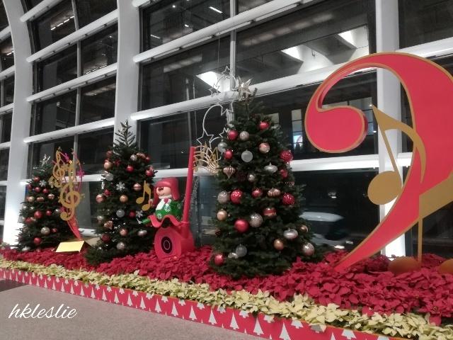 香港國際機場到着_b0248150_10571573.jpg