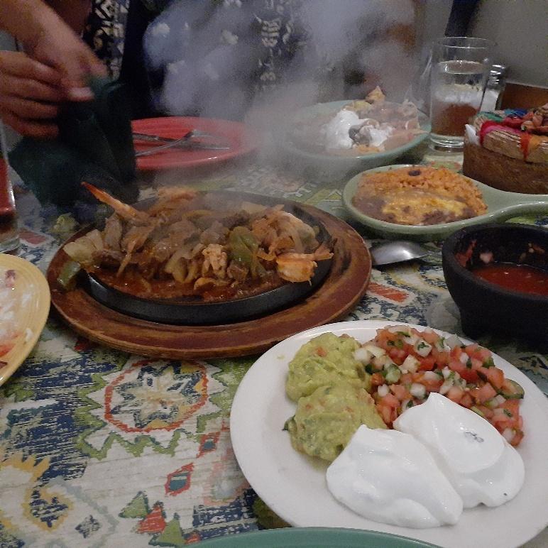 Pancho & Lefty\'s Cantina and Restaurante_b0126453_02225458.jpg