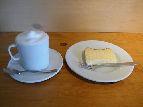京都・二条城「ソングバードコーヒー」へ行く。_f0232060_17461950.jpg