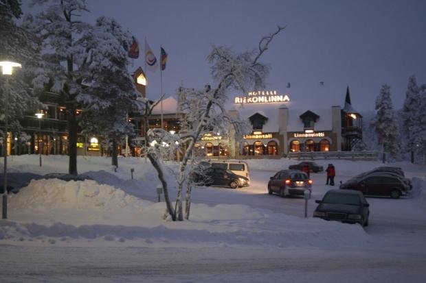 フィンランド、雪の中_d0193569_07423219.jpg