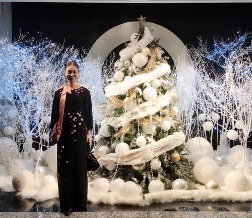 シャンパーニュ騎士団が主催するクリスマスパーティーでプレステージュ シャンパーニュを堪能♬_a0138976_17020970.jpg