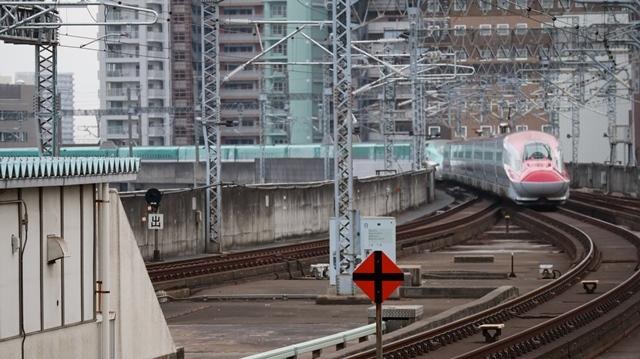 藤田八束の鉄道写真@今年最後の気仙沼出張、東北新幹線仙台駅の新幹線こまちとはやて、_d0181492_08350714.jpg