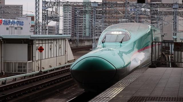 藤田八束の鉄道写真@今年最後の気仙沼出張、東北新幹線仙台駅の新幹線こまちとはやて、_d0181492_08355775.jpg