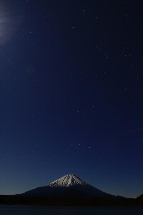 令和元年12月の富士 (19) 精進湖の夜空と富士_e0344396_15515472.jpg