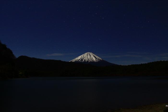 令和元年12月の富士 (20) 西湖の夜空と富士_e0344396_16323117.jpg