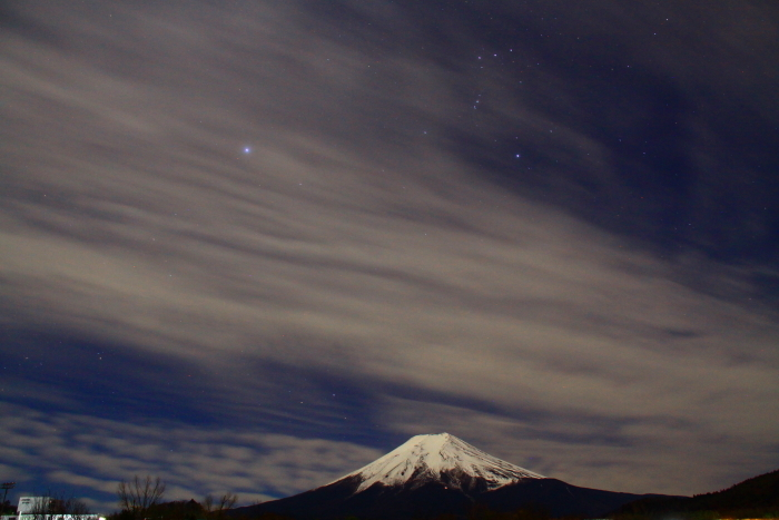 令和元年12月の富士 (22) 農村公園の夜空と富士_e0344396_21503857.jpg