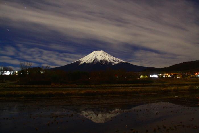 令和元年12月の富士 (22) 農村公園の夜空と富士_e0344396_21504748.jpg