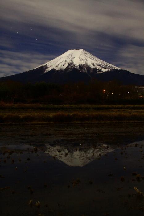 令和元年12月の富士 (22) 農村公園の夜空と富士_e0344396_21505411.jpg