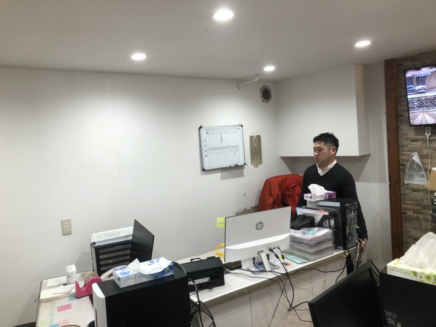 12月28日(土)TOMMYBASEブログ☆1月7日(火)より初売りセール開催✨レクサス♬クラウン🎶フーガ♬スバル限定車🎶レガシィ♬フォレスター🎶希少車_b0127002_17365503.jpg