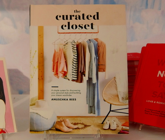 """""""The Curated Closet""""で考える『人生がときめく片づけの魔法』の影響_b0007805_07355468.jpg"""
