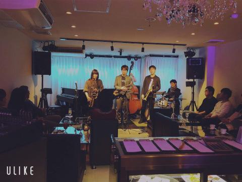 広島 Jazzlive Cominジャズライブカミン  本日12月28日のライブ_b0115606_12173187.jpeg