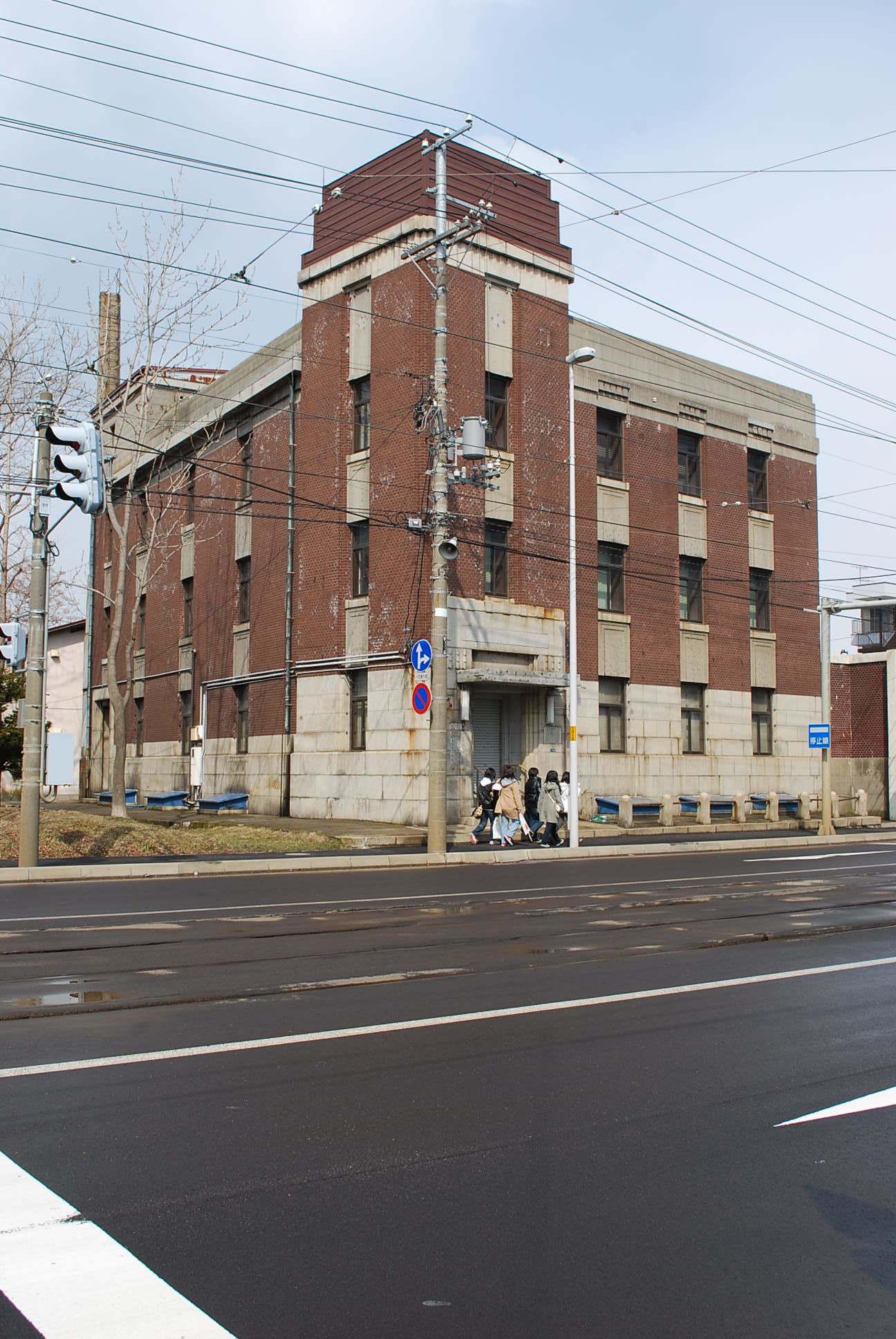 函館市豊川町の旧十二銀行函館支店(函館の建築再見)_f0142606_09111438.jpg