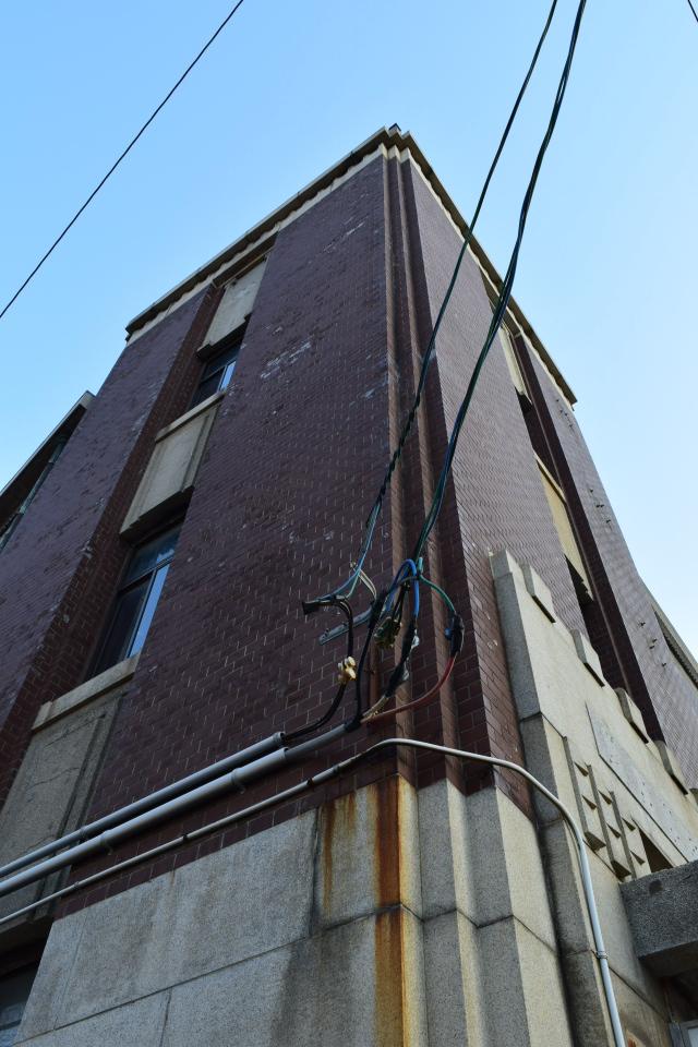 函館市豊川町の旧十二銀行函館支店(函館の建築再見)_f0142606_10253754.jpg