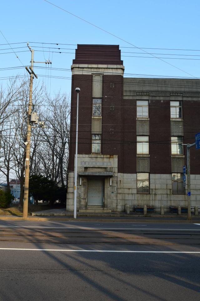 函館市豊川町の旧十二銀行函館支店(函館の建築再見)_f0142606_10330347.jpg