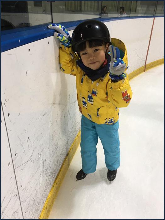 初めてのスケート_b0019313_15511762.jpg
