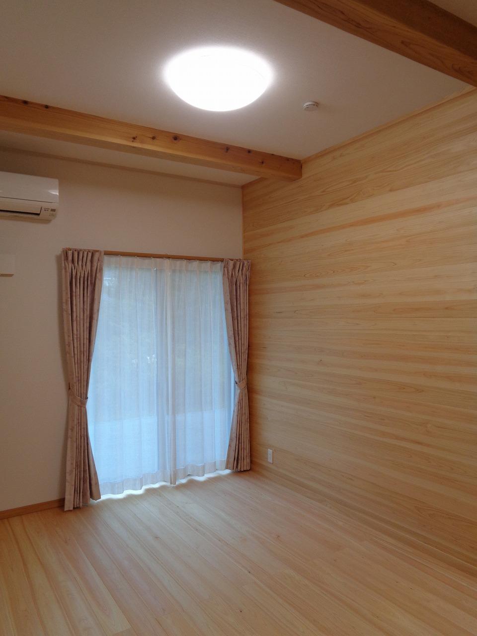 ケヤキの大黒柱の家(完成+年末年始のご案内)_c0220930_12591647.jpg