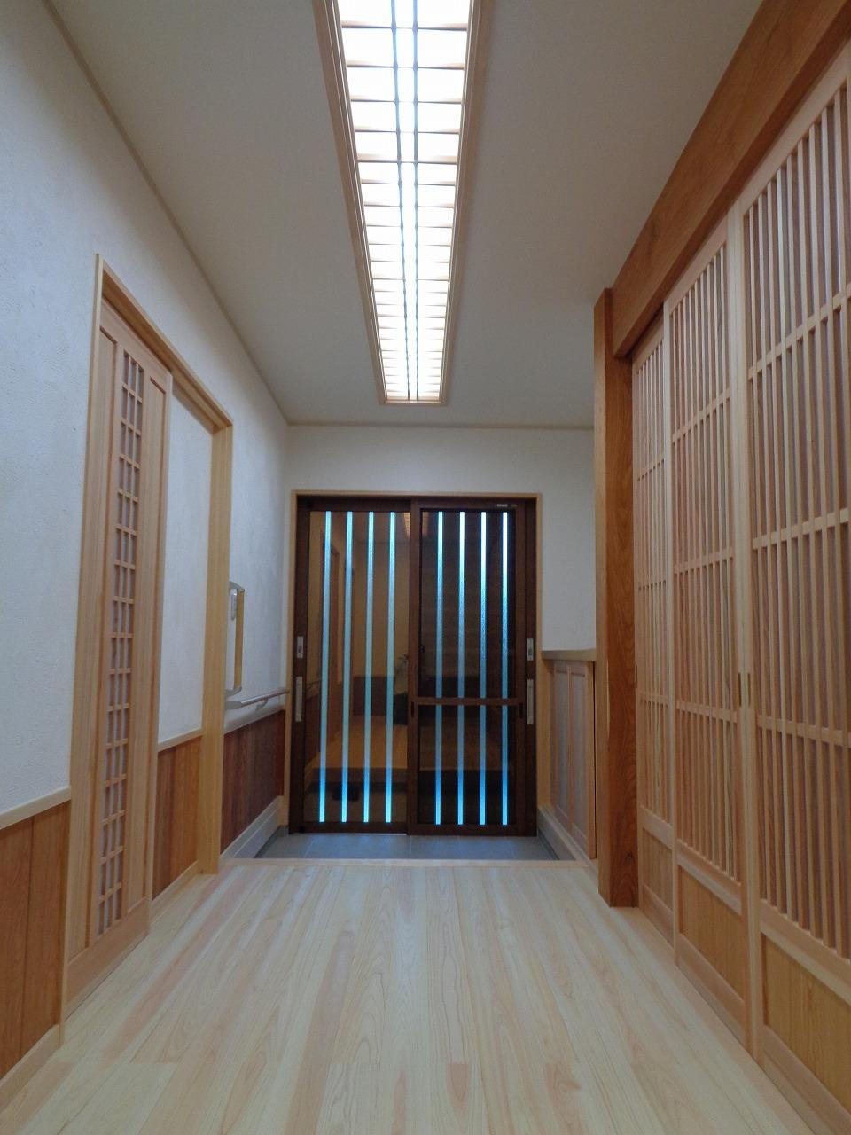 ケヤキの大黒柱の家(完成+年末年始のご案内)_c0220930_12591663.jpg