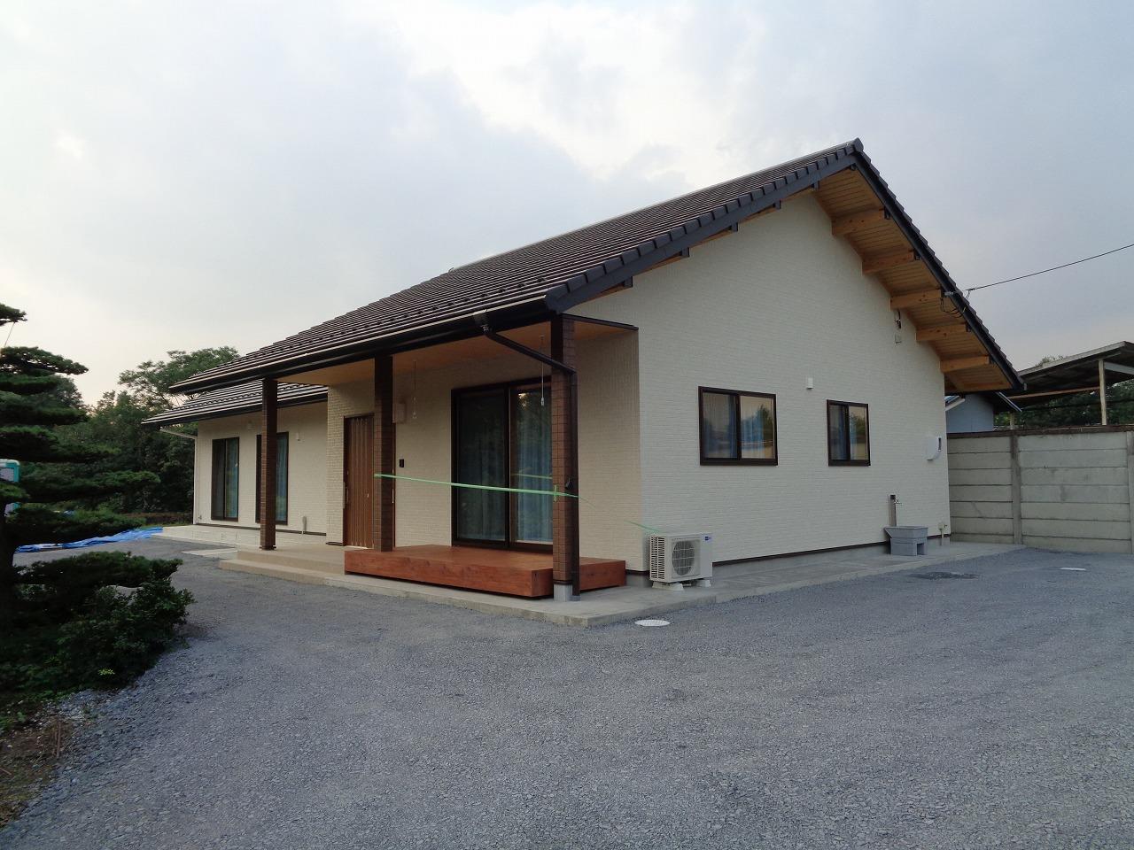 ケヤキの大黒柱の家(完成+年末年始のご案内)_c0220930_12592467.jpg