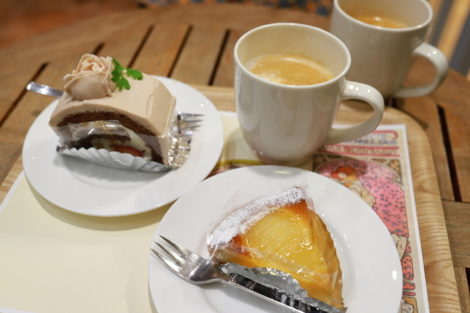*横浜*「シーガル・コートカフェ」「ALOHA TABLE」_f0348831_18041785.jpg