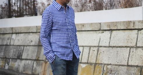 フレンチリネンシャツにシンプルな単色ギンガムチェックネイビーも新登場!_d0108933_18161729.jpg