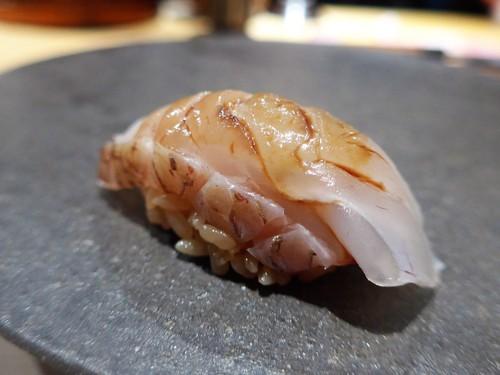 メシクエが選ぶベストレストラン『メシュラン2019』_f0232060_11114943.jpg
