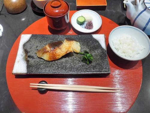 メシクエが選ぶベストレストラン『メシュラン2019』_f0232060_113423.jpg