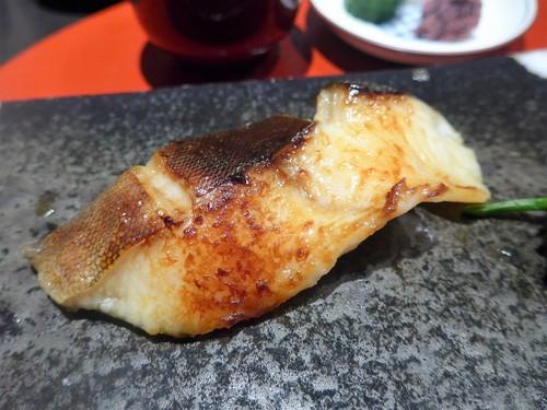 メシクエが選ぶベストレストラン『メシュラン2019』_f0232060_1141011.jpg