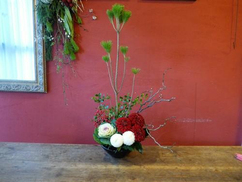 花修行 ~根引松と雲龍梅のお正月飾り~_f0232060_2374624.jpg