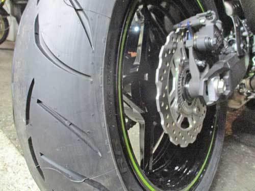 M本サン号 Z900のタイヤ交換・・・(^^♪_c0086965_14243828.jpg