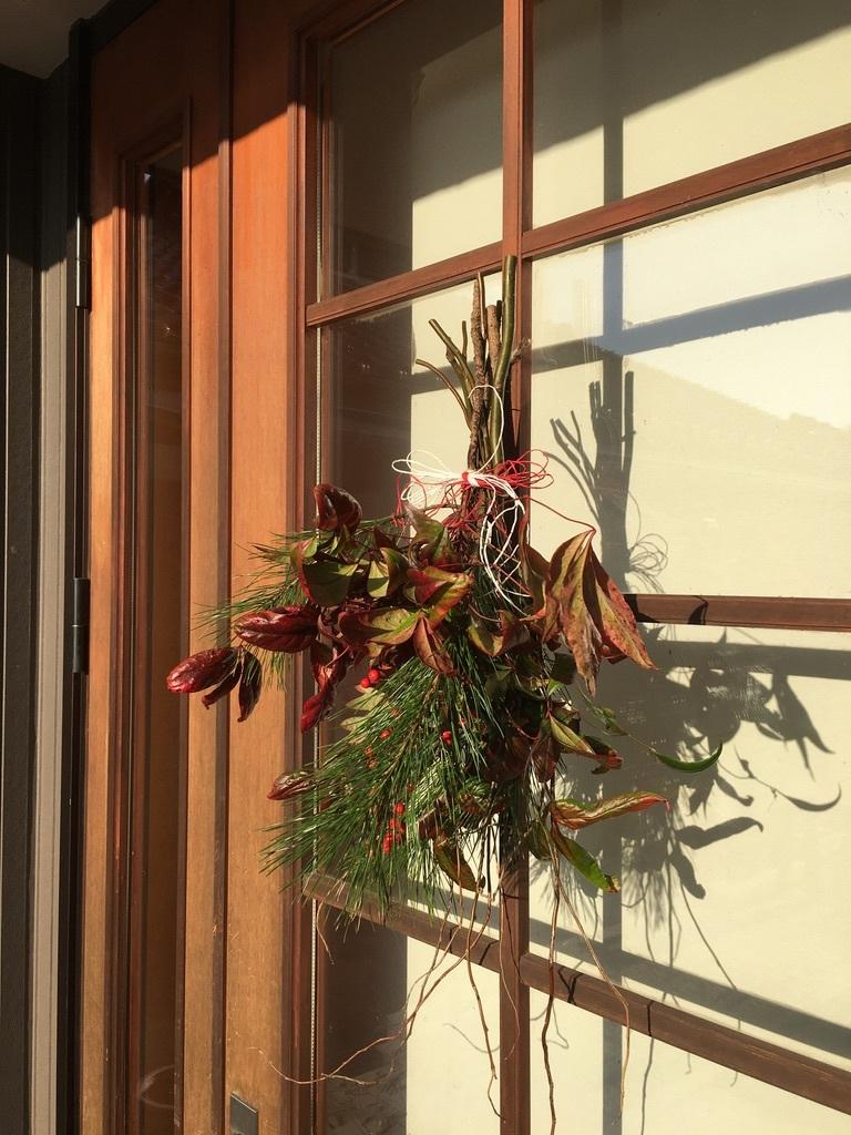 今年のお正月用ドア飾り_c0334574_19375983.jpeg