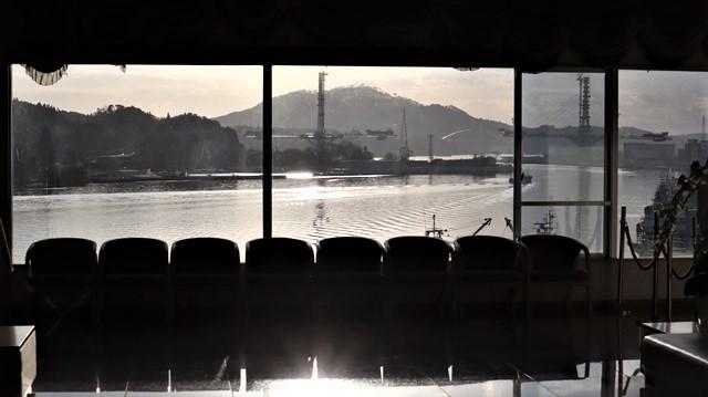 気仙沼湾に浮かび上がった気仙沼の名月・・・・気仙沼プラザホテルからの名月_d0181492_14552536.jpg