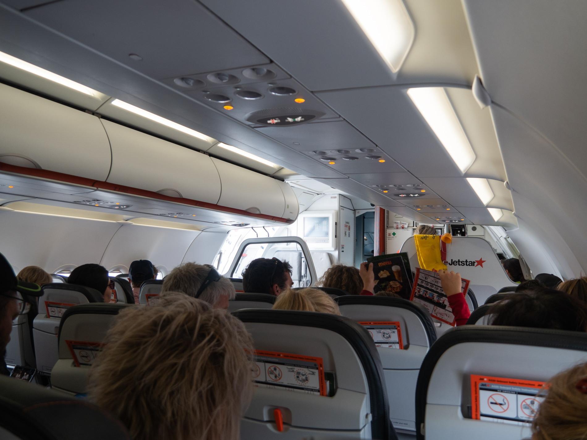 2019メルボルン・タスマニア・シドニーvol.6~飛行機でタスマニア島へ~_f0276498_23285648.jpg