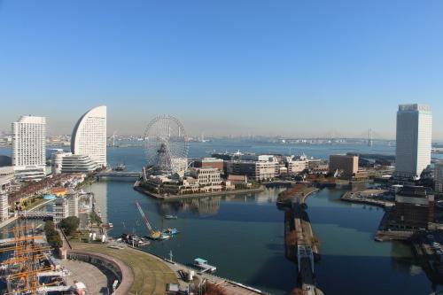 ニューオータニイン横浜プレミアム1809号室から日の出を拝む・2:Canon EOS 70D_c0075701_11081587.jpg