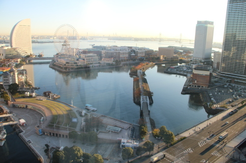 ニューオータニイン横浜プレミアム1809号室から日の出を拝む・2:Canon EOS 70D_c0075701_11103367.jpg