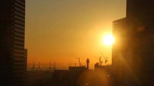 ニューオータニイン横浜プレミアム1809号室から日の出を拝む・2:Canon EOS 70D_c0075701_11114183.jpg