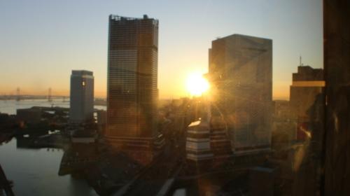 ニューオータニイン横浜プレミアム1809号室から日の出を拝む・2:Canon EOS 70D_c0075701_11114988.jpg