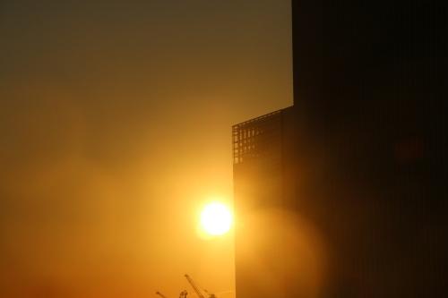 横浜みなとみらい21の日の出_c0075701_11115802.jpg