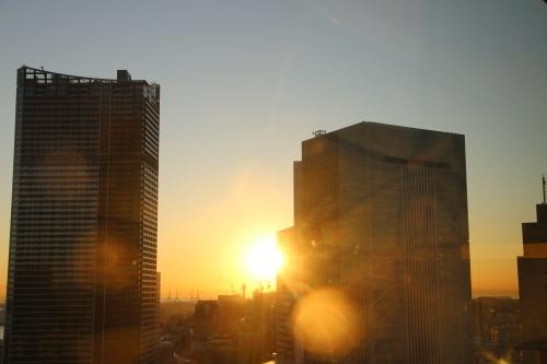 横浜みなとみらい21の日の出_c0075701_11120856.jpg
