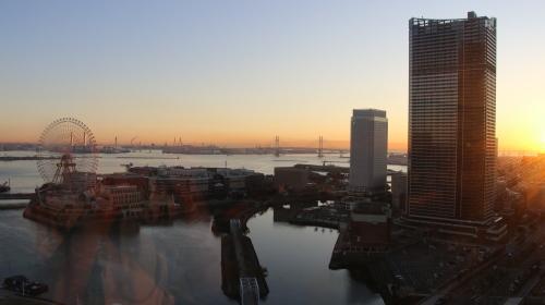 ニューオータニイン横浜プレミアム1809号室から日の出を拝む・2:Canon EOS 70D_c0075701_11125438.jpg