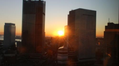 ニューオータニイン横浜プレミアム1809号室から日の出を拝む・2:Canon EOS 70D_c0075701_11135953.jpg