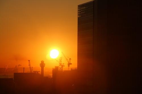 ニューオータニイン横浜プレミアム1809号室から日の出を拝む・2:Canon EOS 70D_c0075701_11140538.jpg
