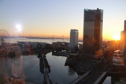ニューオータニイン横浜プレミアム1809号室から日の出を拝む・2:Canon EOS 70D_c0075701_11141774.jpg