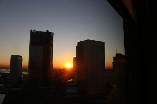横浜みなとみらい21の日の出_c0075701_11144630.jpg