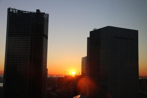 横浜みなとみらい21の日の出_c0075701_11155067.jpg