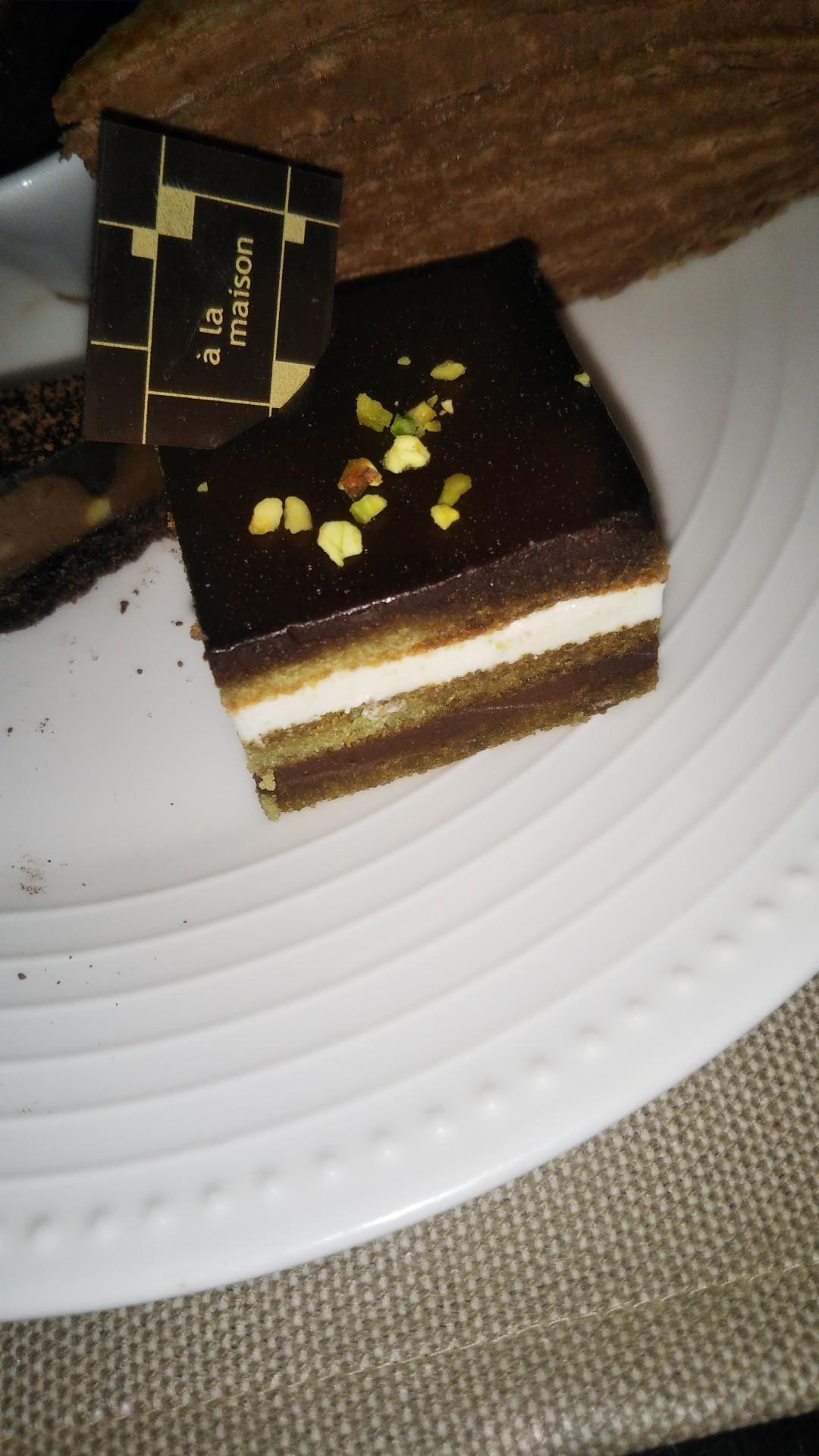 ANAインターコンチネンタルホテル東京 シャンパン・バー チョコレート・スイーツブッフェ_f0076001_22053518.jpg