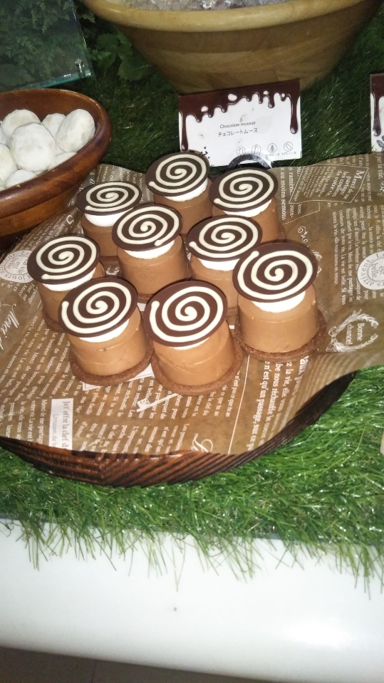 ANAインターコンチネンタルホテル東京 シャンパン・バー チョコレート・スイーツブッフェ_f0076001_22472205.jpg